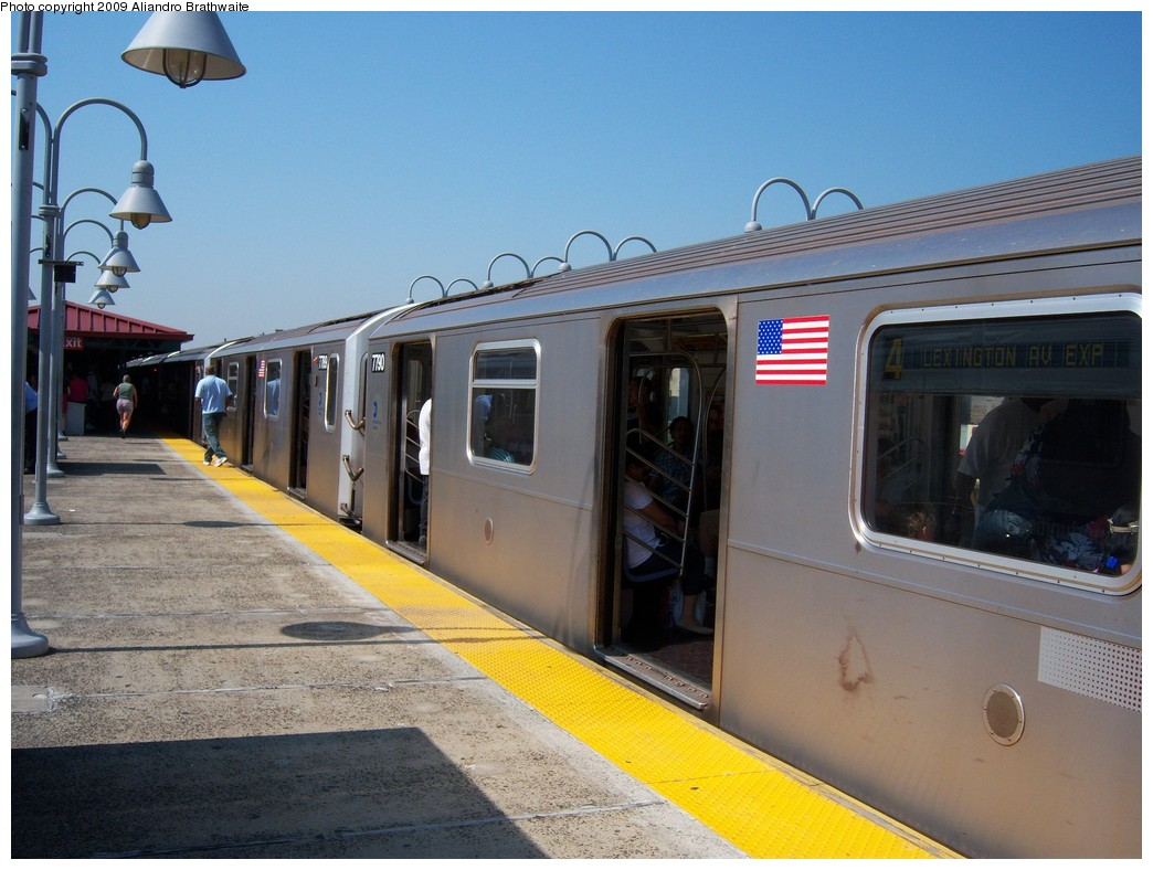 (219k, 1044x788)<br><b>Country:</b> United States<br><b>City:</b> New York<br><b>System:</b> New York City Transit<br><b>Line:</b> IRT Woodlawn Line<br><b>Location:</b> Burnside Avenue <br><b>Route:</b> 4<br><b>Car:</b> R-142A (Supplemental Order, Kawasaki, 2003-2004)  7790 <br><b>Photo by:</b> Aliandro Brathwaite<br><b>Date:</b> 8/18/2009<br><b>Viewed (this week/total):</b> 1 / 1609