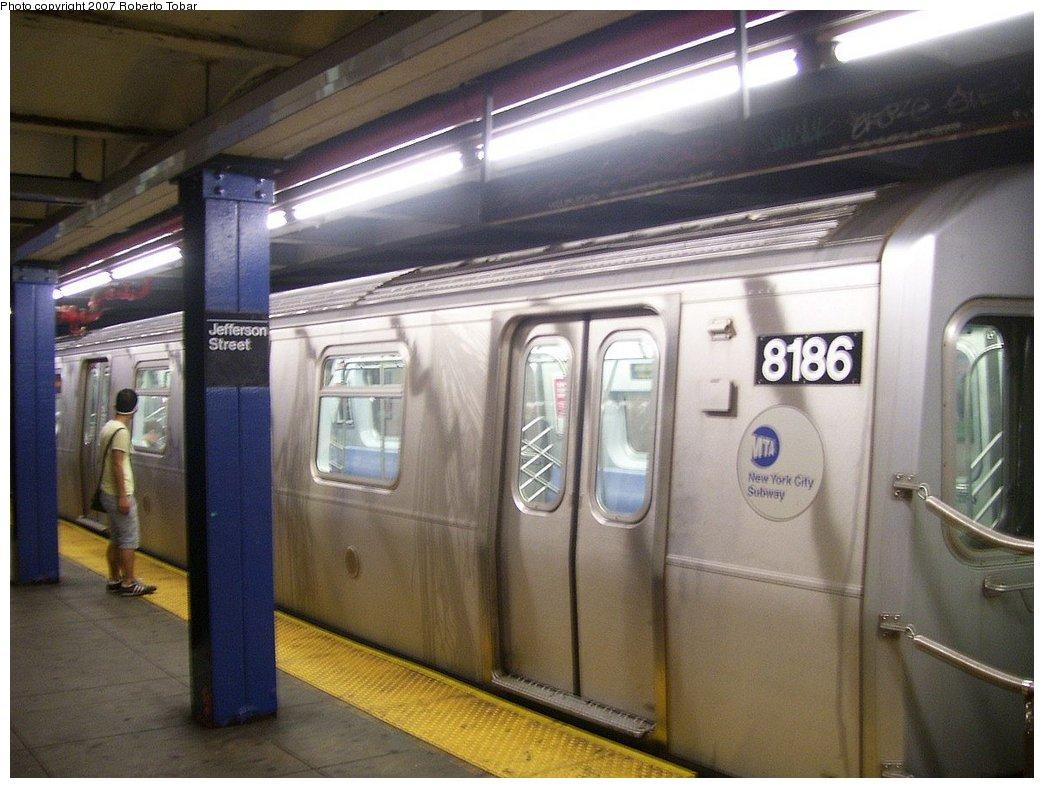 (167k, 1044x788)<br><b>Country:</b> United States<br><b>City:</b> New York<br><b>System:</b> New York City Transit<br><b>Line:</b> BMT Canarsie Line<br><b>Location:</b> Jefferson Street <br><b>Route:</b> L<br><b>Car:</b> R-143 (Kawasaki, 2001-2002) 8186 <br><b>Photo by:</b> Roberto C. Tobar<br><b>Date:</b> 9/8/2007<br><b>Viewed (this week/total):</b> 3 / 3563