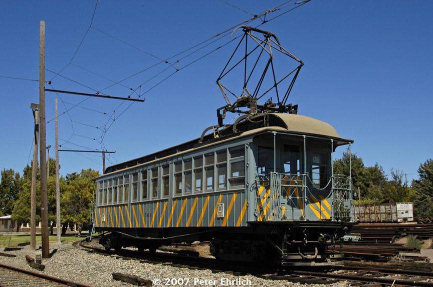 (198k, 864x574)<br><b>Country:</b> United States<br><b>City:</b> Rio Vista Junction, CA<br><b>System:</b> Western Railway Museum <br><b>Car:</b>  561 <br><b>Photo by:</b> Peter Ehrlich<br><b>Date:</b> 9/2/2007<br><b>Notes:</b> Shipyard Railway 561 (ex Manhattan El 844).  Main Line Junction, where tracks continue northward.<br><b>Viewed (this week/total):</b> 0 / 2665