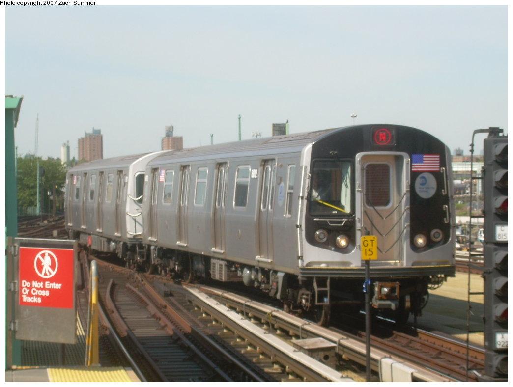 (155k, 1044x788)<br><b>Country:</b> United States<br><b>City:</b> New York<br><b>System:</b> New York City Transit<br><b>Location:</b> Coney Island/Stillwell Avenue<br><b>Route:</b> N<br><b>Car:</b> R-160B (Kawasaki, 2005-2008)  8812 <br><b>Photo by:</b> Zach Summer<br><b>Date:</b> 9/4/2007<br><b>Viewed (this week/total):</b> 0 / 2398