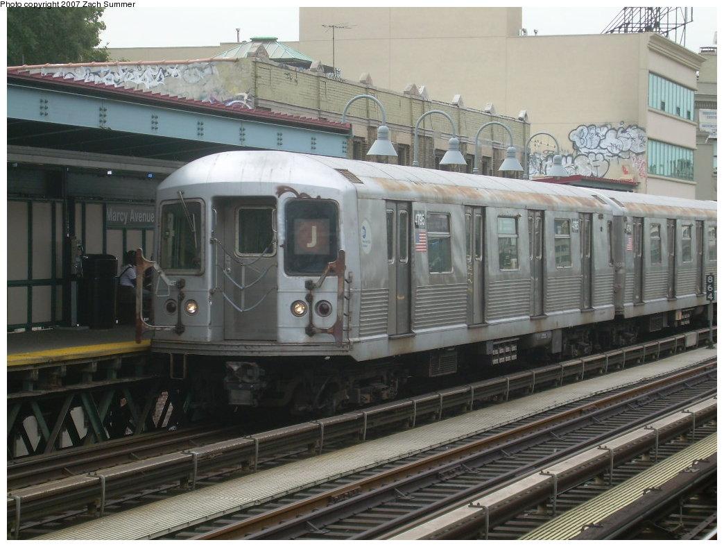(211k, 1044x788)<br><b>Country:</b> United States<br><b>City:</b> New York<br><b>System:</b> New York City Transit<br><b>Line:</b> BMT Nassau Street/Jamaica Line<br><b>Location:</b> Marcy Avenue <br><b>Route:</b> J<br><b>Car:</b> R-42 (St. Louis, 1969-1970)  4795 <br><b>Photo by:</b> Zach Summer<br><b>Date:</b> 9/5/2007<br><b>Viewed (this week/total):</b> 0 / 1364