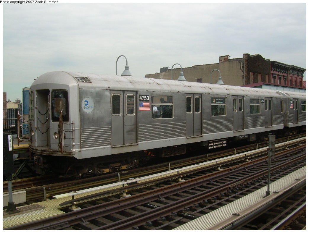 (192k, 1044x788)<br><b>Country:</b> United States<br><b>City:</b> New York<br><b>System:</b> New York City Transit<br><b>Line:</b> BMT Nassau Street/Jamaica Line<br><b>Location:</b> Marcy Avenue <br><b>Route:</b> J<br><b>Car:</b> R-42 (St. Louis, 1969-1970)  4753 <br><b>Photo by:</b> Zach Summer<br><b>Date:</b> 9/5/2007<br><b>Viewed (this week/total):</b> 1 / 1407