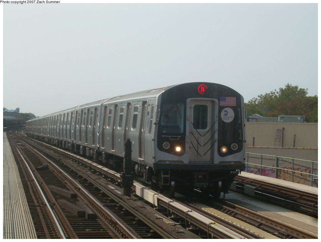 (158k, 1044x788)<br><b>Country:</b> United States<br><b>City:</b> New York<br><b>System:</b> New York City Transit<br><b>Line:</b> BMT West End Line<br><b>Location:</b> 50th Street <br><b>Route:</b> N<br><b>Car:</b> R-160B (Kawasaki, 2005-2008)  8753 <br><b>Photo by:</b> Zach Summer<br><b>Date:</b> 9/7/2007<br><b>Viewed (this week/total):</b> 0 / 1895