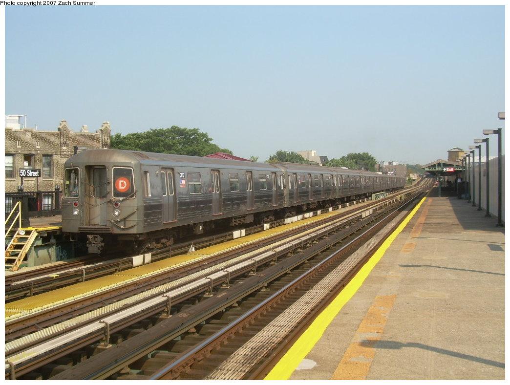 (208k, 1044x788)<br><b>Country:</b> United States<br><b>City:</b> New York<br><b>System:</b> New York City Transit<br><b>Line:</b> BMT West End Line<br><b>Location:</b> 50th Street <br><b>Route:</b> D<br><b>Car:</b> R-68 (Westinghouse-Amrail, 1986-1988)  2612 <br><b>Photo by:</b> Zach Summer<br><b>Date:</b> 9/7/2007<br><b>Viewed (this week/total):</b> 0 / 1518