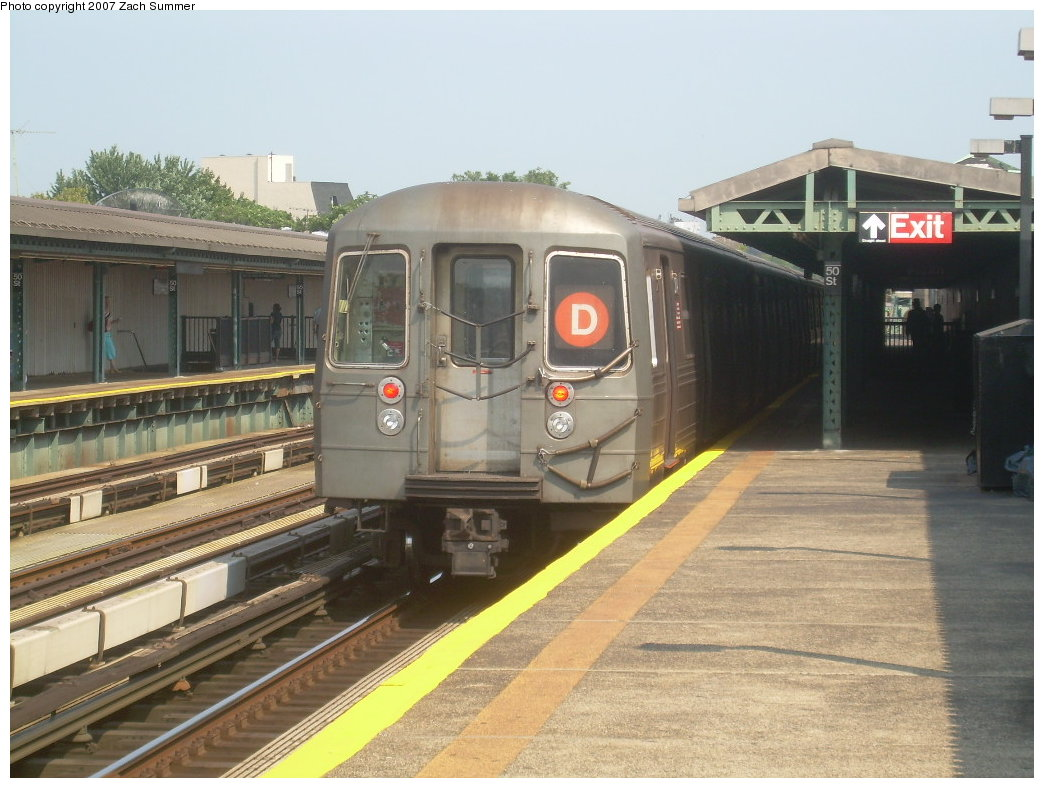 (200k, 1044x788)<br><b>Country:</b> United States<br><b>City:</b> New York<br><b>System:</b> New York City Transit<br><b>Line:</b> BMT West End Line<br><b>Location:</b> 50th Street <br><b>Route:</b> D<br><b>Car:</b> R-68 (Westinghouse-Amrail, 1986-1988)  2704 <br><b>Photo by:</b> Zach Summer<br><b>Date:</b> 9/7/2007<br><b>Viewed (this week/total):</b> 0 / 1451