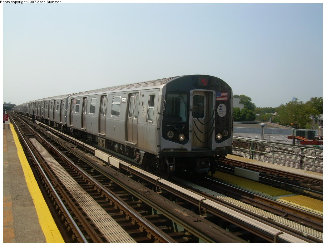 (198k, 1044x788)<br><b>Country:</b> United States<br><b>City:</b> New York<br><b>System:</b> New York City Transit<br><b>Line:</b> BMT West End Line<br><b>Location:</b> 50th Street <br><b>Route:</b> N<br><b>Car:</b> R-160A-2 (Alstom, 2005-2008, 5 car sets)  8658 <br><b>Photo by:</b> Zach Summer<br><b>Date:</b> 9/7/2007<br><b>Viewed (this week/total):</b> 7 / 1698