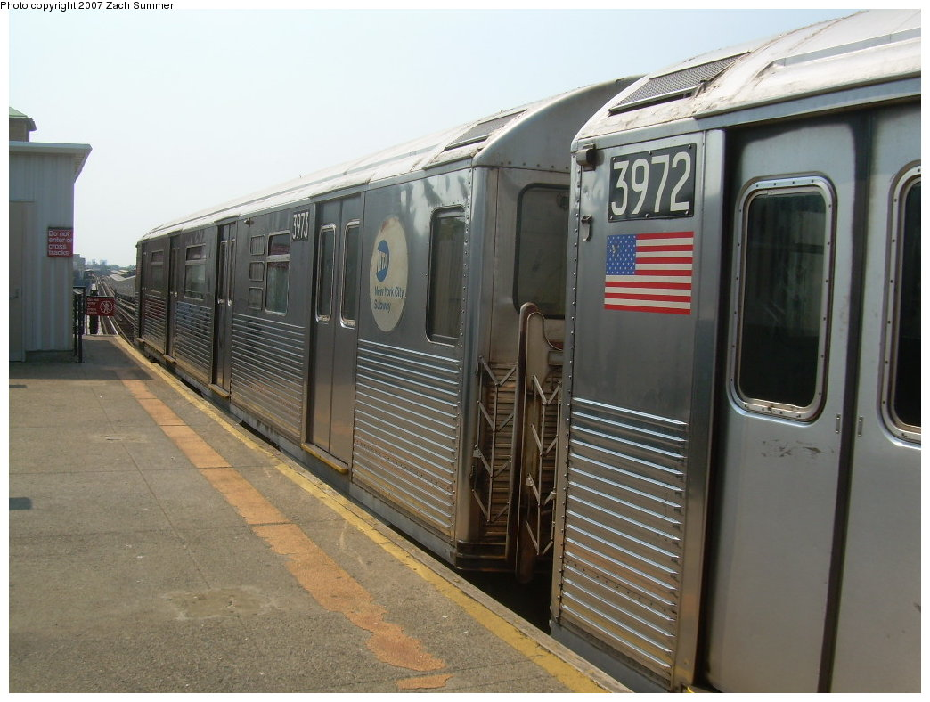 (196k, 1044x788)<br><b>Country:</b> United States<br><b>City:</b> New York<br><b>System:</b> New York City Transit<br><b>Line:</b> BMT West End Line<br><b>Location:</b> Fort Hamilton Parkway <br><b>Route:</b> School car<br><b>Car:</b> R-38 (St. Louis, 1966-1967)  3973 <br><b>Photo by:</b> Zach Summer<br><b>Date:</b> 9/7/2007<br><b>Viewed (this week/total):</b> 0 / 1761