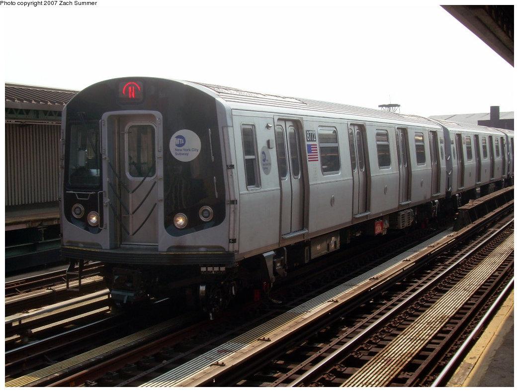 (201k, 1044x788)<br><b>Country:</b> United States<br><b>City:</b> New York<br><b>System:</b> New York City Transit<br><b>Line:</b> BMT West End Line<br><b>Location:</b> Fort Hamilton Parkway <br><b>Route:</b> N<br><b>Car:</b> R-160B (Kawasaki, 2005-2008)  8772 <br><b>Photo by:</b> Zach Summer<br><b>Date:</b> 9/7/2007<br><b>Viewed (this week/total):</b> 0 / 2155