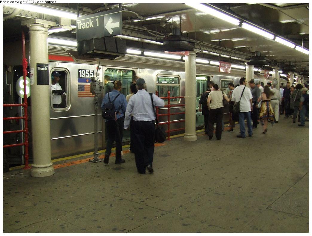 (168k, 1044x788)<br><b>Country:</b> United States<br><b>City:</b> New York<br><b>System:</b> New York City Transit<br><b>Line:</b> IRT Times Square-Grand Central Shuttle<br><b>Location:</b> Times Square <br><b>Route:</b> S<br><b>Car:</b> R-62A (Bombardier, 1984-1987)  1955 <br><b>Photo by:</b> John Barnes<br><b>Date:</b> 9/11/2007<br><b>Viewed (this week/total):</b> 0 / 3511