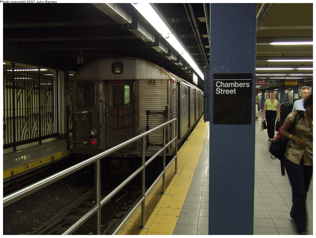 (168k, 1044x788)<br><b>Country:</b> United States<br><b>City:</b> New York<br><b>System:</b> New York City Transit<br><b>Line:</b> IND 8th Avenue Line<br><b>Location:</b> Chambers Street/World Trade Center <br><b>Route:</b> E<br><b>Car:</b> R-32 (Budd, 1964)  3741 <br><b>Photo by:</b> John Barnes<br><b>Date:</b> 9/11/2007<br><b>Viewed (this week/total):</b> 1 / 2170