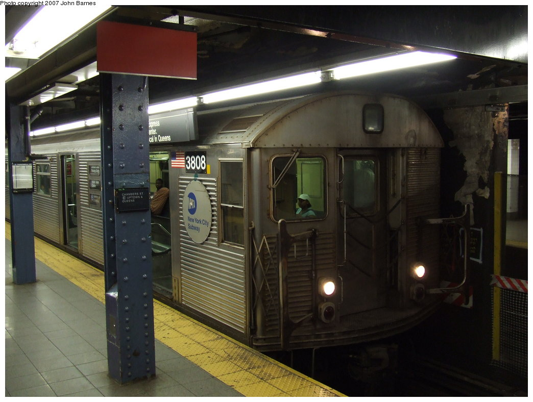 (155k, 1044x788)<br><b>Country:</b> United States<br><b>City:</b> New York<br><b>System:</b> New York City Transit<br><b>Line:</b> IND 8th Avenue Line<br><b>Location:</b> Chambers Street/World Trade Center <br><b>Route:</b> E<br><b>Car:</b> R-32 (Budd, 1964)  3808 <br><b>Photo by:</b> John Barnes<br><b>Date:</b> 9/11/2007<br><b>Viewed (this week/total):</b> 2 / 2145