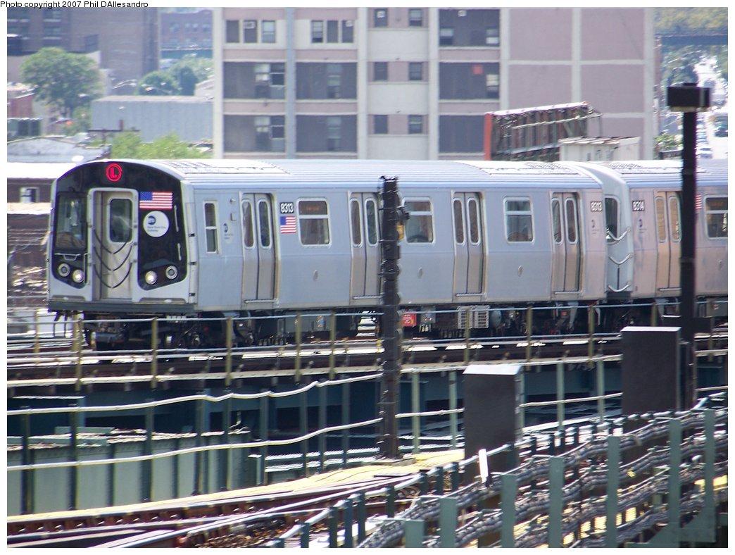 (200k, 1044x788)<br><b>Country:</b> United States<br><b>City:</b> New York<br><b>System:</b> New York City Transit<br><b>Line:</b> BMT Canarsie Line<br><b>Location:</b> Broadway Junction <br><b>Route:</b> L<br><b>Car:</b> R-160A-1 (Alstom, 2005-2008, 4 car sets)  8313 <br><b>Photo by:</b> Philip D'Allesandro<br><b>Date:</b> 9/13/2007<br><b>Viewed (this week/total):</b> 0 / 2382