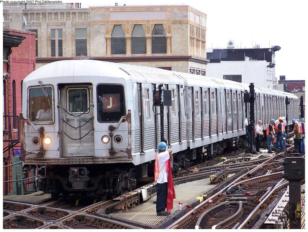 (266k, 1044x788)<br><b>Country:</b> United States<br><b>City:</b> New York<br><b>System:</b> New York City Transit<br><b>Line:</b> BMT Nassau Street/Jamaica Line<br><b>Location:</b> Myrtle Avenue <br><b>Route:</b> J<br><b>Car:</b> R-42 (St. Louis, 1969-1970)  4716 <br><b>Photo by:</b> Philip D'Allesandro<br><b>Date:</b> 9/13/2007<br><b>Viewed (this week/total):</b> 2 / 2178