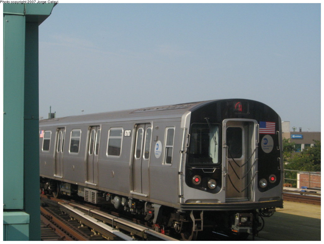 (116k, 1044x788)<br><b>Country:</b> United States<br><b>City:</b> New York<br><b>System:</b> New York City Transit<br><b>Location:</b> Coney Island/Stillwell Avenue<br><b>Route:</b> N<br><b>Car:</b> R-160B (Kawasaki, 2005-2008)  8787 <br><b>Photo by:</b> Jorge Catayi<br><b>Date:</b> 9/8/2007<br><b>Viewed (this week/total):</b> 0 / 1633