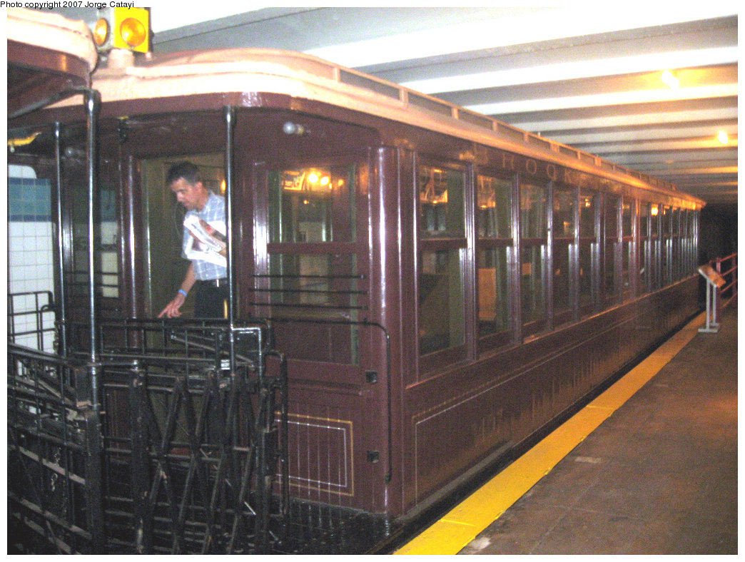 (260k, 1044x788)<br><b>Country:</b> United States<br><b>City:</b> New York<br><b>System:</b> New York City Transit<br><b>Location:</b> New York Transit Museum<br><b>Car:</b> BMT Elevated Gate Car 1407 <br><b>Photo by:</b> Jorge Catayi<br><b>Date:</b> 9/8/2007<br><b>Viewed (this week/total):</b> 0 / 2685