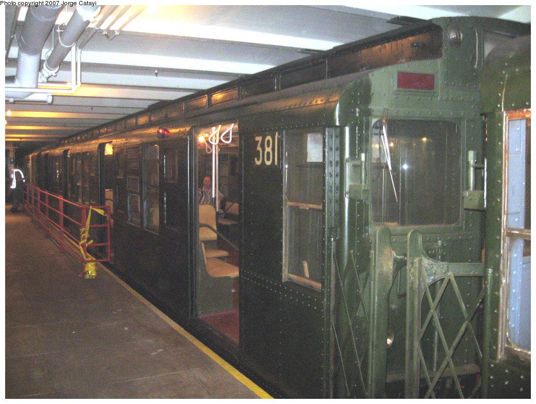 (252k, 1044x788)<br><b>Country:</b> United States<br><b>City:</b> New York<br><b>System:</b> New York City Transit<br><b>Location:</b> New York Transit Museum<br><b>Route:</b> Fan Trip<br><b>Car:</b> R-1 (American Car & Foundry, 1930-1931) 381 <br><b>Photo by:</b> Jorge Catayi<br><b>Date:</b> 9/8/2007<br><b>Viewed (this week/total):</b> 1 / 2028