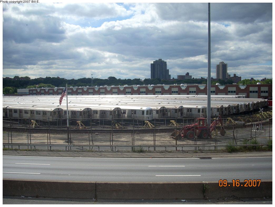 (196k, 1044x788)<br><b>Country:</b> United States<br><b>City:</b> New York<br><b>System:</b> New York City Transit<br><b>Location:</b> Jamaica Yard/Shops<br><b>Photo by:</b> Bill E.<br><b>Date:</b> 9/16/2007<br><b>Viewed (this week/total):</b> 0 / 2730