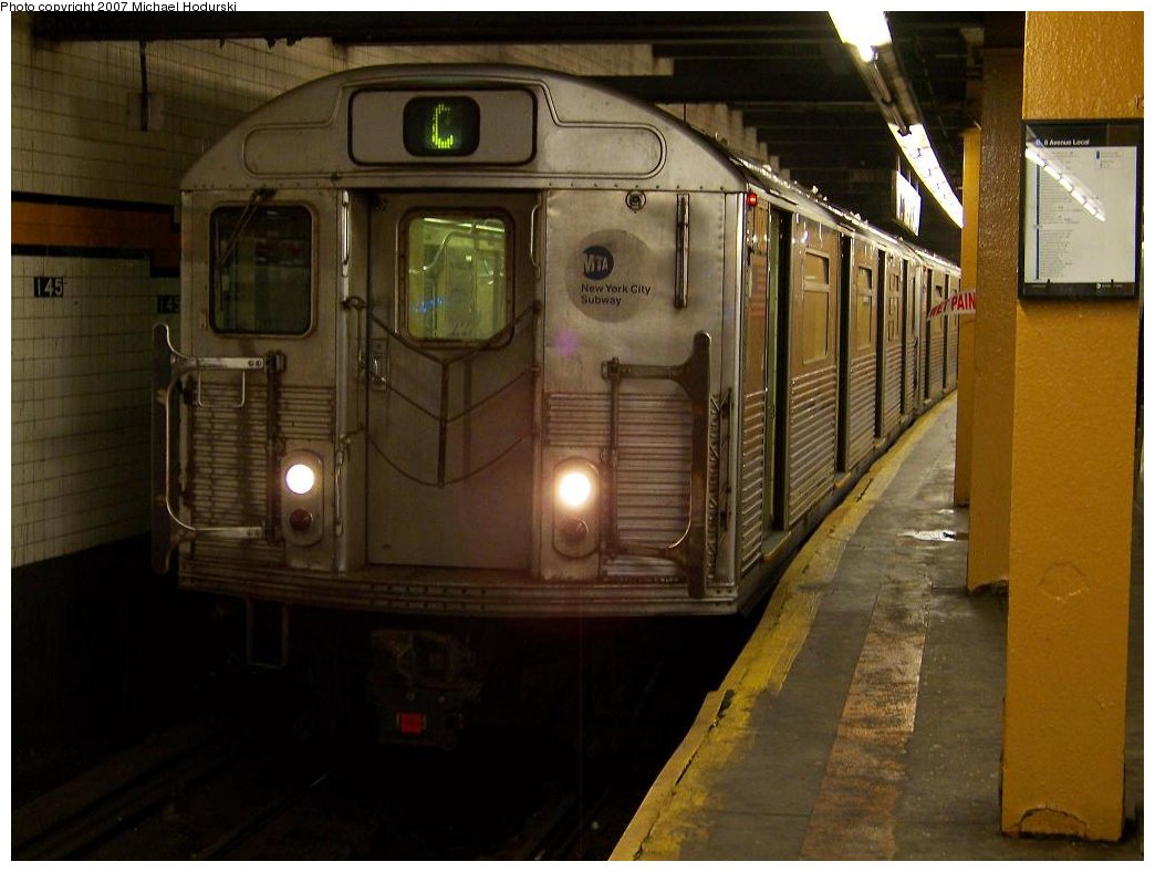 (152k, 1044x788)<br><b>Country:</b> United States<br><b>City:</b> New York<br><b>System:</b> New York City Transit<br><b>Line:</b> IND 8th Avenue Line<br><b>Location:</b> 145th Street <br><b>Route:</b> C<br><b>Car:</b> R-38 (St. Louis, 1966-1967)  4026 <br><b>Photo by:</b> Michael Hodurski<br><b>Date:</b> 9/12/2007<br><b>Viewed (this week/total):</b> 0 / 2864