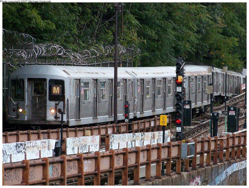 (296k, 1044x788)<br><b>Country:</b> United States<br><b>City:</b> New York<br><b>System:</b> New York City Transit<br><b>Line:</b> BMT West End Line<br><b>Location:</b> 9th Avenue <br><b>Route:</b> M<br><b>Car:</b> R-42 (St. Louis, 1969-1970)  4556 <br><b>Photo by:</b> Michael Hodurski<br><b>Date:</b> 9/14/2007<br><b>Viewed (this week/total):</b> 1 / 2424