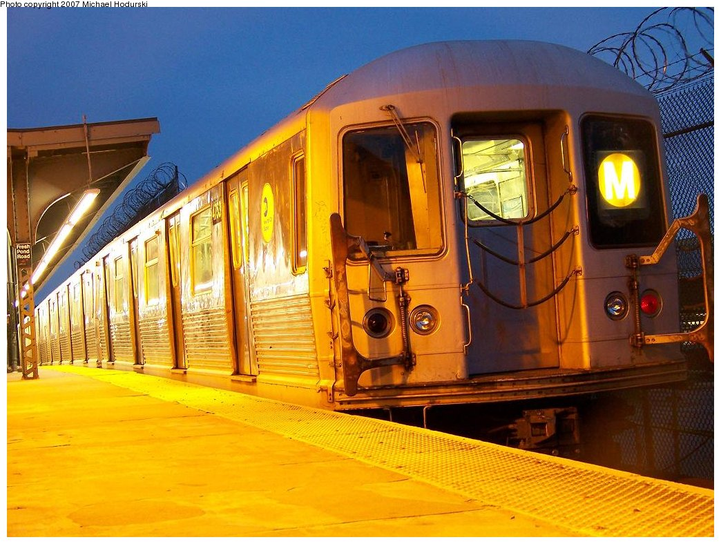 (206k, 1044x788)<br><b>Country:</b> United States<br><b>City:</b> New York<br><b>System:</b> New York City Transit<br><b>Line:</b> BMT Myrtle Avenue Line<br><b>Location:</b> Fresh Pond Road <br><b>Route:</b> M<br><b>Car:</b> R-42 (St. Louis, 1969-1970)  4753 <br><b>Photo by:</b> Michael Hodurski<br><b>Date:</b> 9/14/2007<br><b>Viewed (this week/total):</b> 0 / 1763