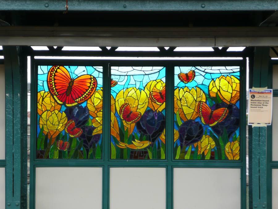 (117k, 900x675)<br><b>Country:</b> United States<br><b>City:</b> New York<br><b>System:</b> New York City Transit<br><b>Line:</b> BMT Canarsie Line<br><b>Location:</b> Sutter Avenue <br><b>Photo by:</b> Robbie Rosenfeld<br><b>Date:</b> 9/17/2007<br><b>Artwork:</b> <i>The Habitat for the Yellow Bird</i>, Takayo Noda (2007).<br><b>Viewed (this week/total):</b> 4 / 1758