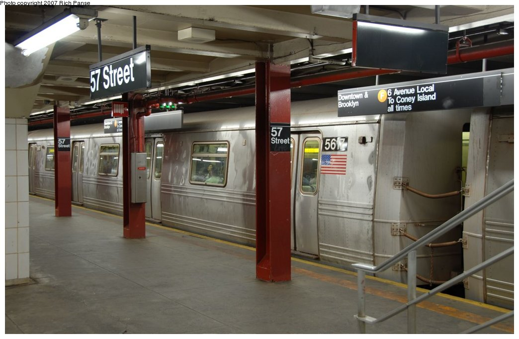 (125k, 1044x682)<br><b>Country:</b> United States<br><b>City:</b> New York<br><b>System:</b> New York City Transit<br><b>Line:</b> IND 6th Avenue Line<br><b>Location:</b> 57th Street<br><b>Route:</b> F<br><b>Car:</b> R-46 (Pullman-Standard, 1974-75) 5617 <br><b>Photo by:</b> Richard Panse<br><b>Date:</b> 9/16/2007<br><b>Viewed (this week/total):</b> 2 / 4284