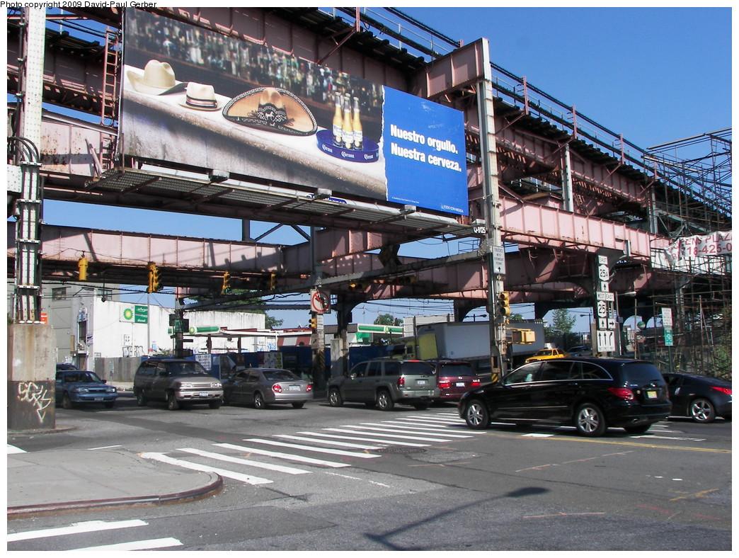 (348k, 1044x788)<br><b>Country:</b> United States<br><b>City:</b> New York<br><b>System:</b> New York City Transit<br><b>Line:</b> IRT Flushing Line<br><b>Location:</b> Queensborough Plaza <br><b>Photo by:</b> David-Paul Gerber<br><b>Date:</b> 8/1/2009<br><b>Notes:</b> Queensboro Plaza steelwork - IRT Flushing side<br><b>Viewed (this week/total):</b> 0 / 1048
