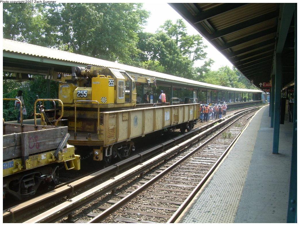 (293k, 1044x788)<br><b>Country:</b> United States<br><b>City:</b> New York<br><b>System:</b> New York City Transit<br><b>Line:</b> BMT Brighton Line<br><b>Location:</b> Sheepshead Bay <br><b>Route:</b> Work Service<br><b>Car:</b> Crane Car 255 <br><b>Photo by:</b> Zach Summer<br><b>Date:</b> 9/8/2007<br><b>Viewed (this week/total):</b> 0 / 1752