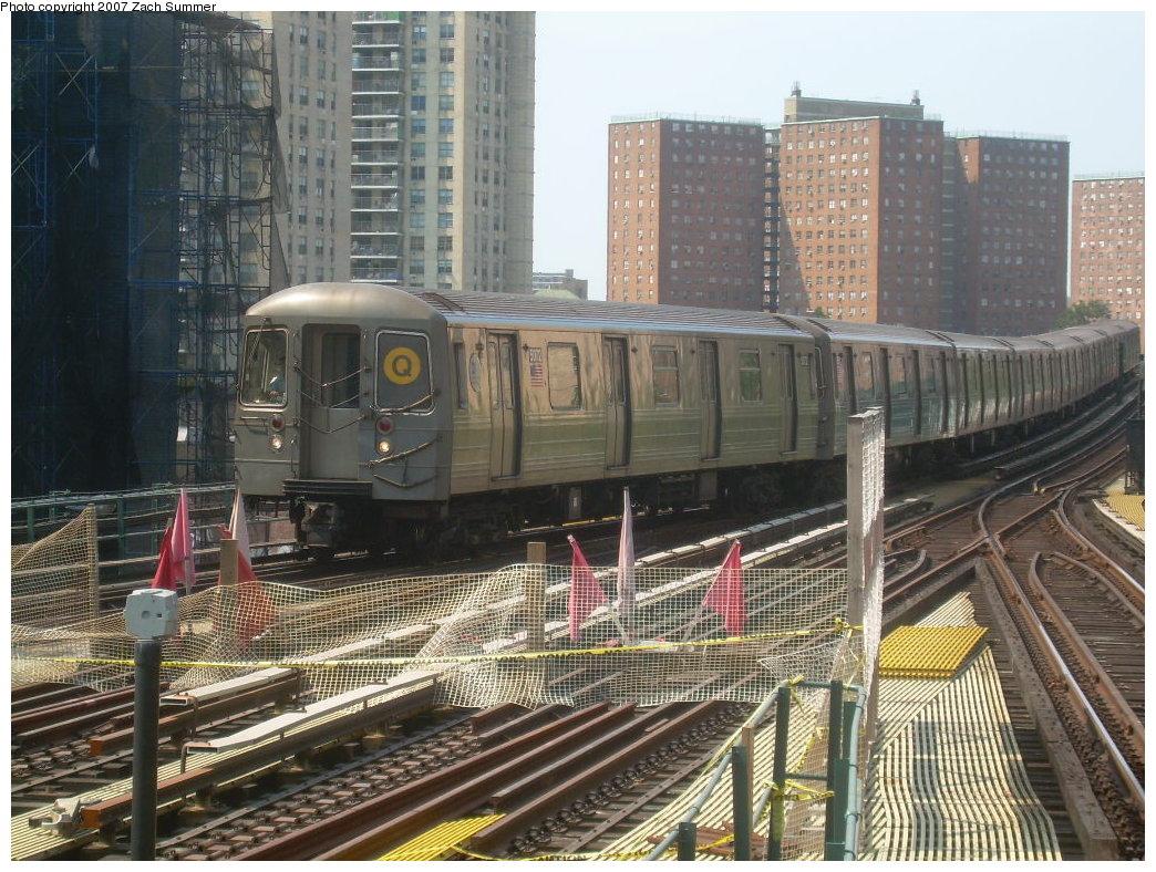 (264k, 1044x788)<br><b>Country:</b> United States<br><b>City:</b> New York<br><b>System:</b> New York City Transit<br><b>Line:</b> BMT Brighton Line<br><b>Location:</b> Ocean Parkway <br><b>Route:</b> Q<br><b>Car:</b> R-68A (Kawasaki, 1988-1989)  5072 <br><b>Photo by:</b> Zach Summer<br><b>Date:</b> 9/8/2007<br><b>Viewed (this week/total):</b> 0 / 2196