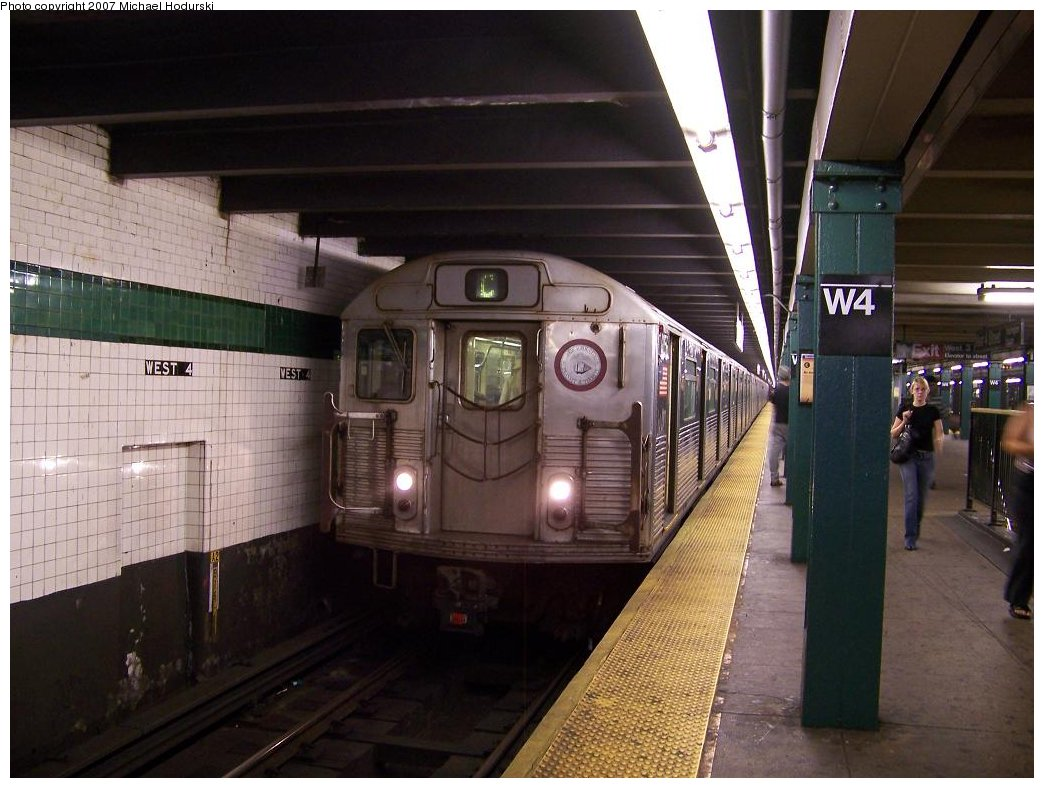 (168k, 1044x788)<br><b>Country:</b> United States<br><b>City:</b> New York<br><b>System:</b> New York City Transit<br><b>Line:</b> IND 8th Avenue Line<br><b>Location:</b> West 4th Street/Washington Square <br><b>Route:</b> C<br><b>Car:</b> R-38 (St. Louis, 1966-1967)  4056 <br><b>Photo by:</b> Michael Hodurski<br><b>Date:</b> 8/16/2007<br><b>Viewed (this week/total):</b> 0 / 1822