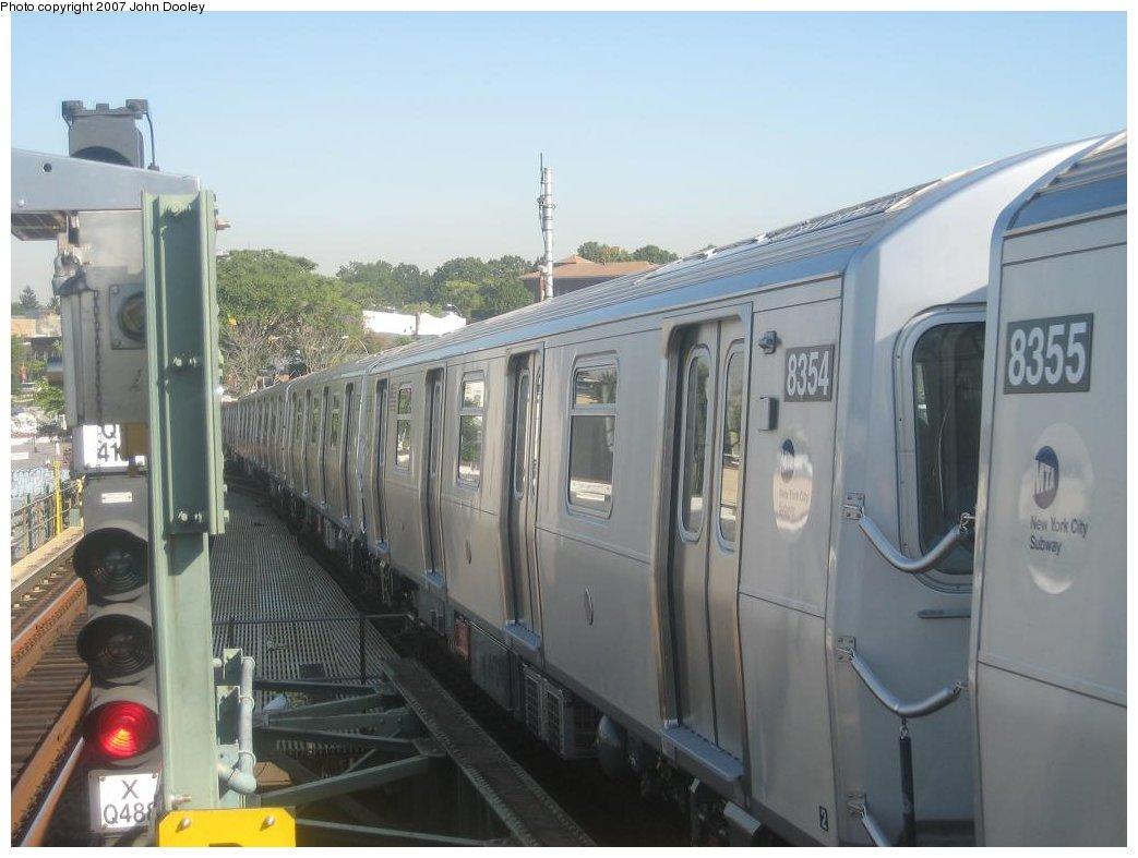 (133k, 1043x787)<br><b>Country:</b> United States<br><b>City:</b> New York<br><b>System:</b> New York City Transit<br><b>Line:</b> BMT Canarsie Line<br><b>Location:</b> Broadway Junction <br><b>Route:</b> L<br><b>Car:</b> R-160A-1 (Alstom, 2005-2008, 4 car sets)  8354 <br><b>Photo by:</b> John Dooley<br><b>Date:</b> 9/20/2007<br><b>Viewed (this week/total):</b> 0 / 2284