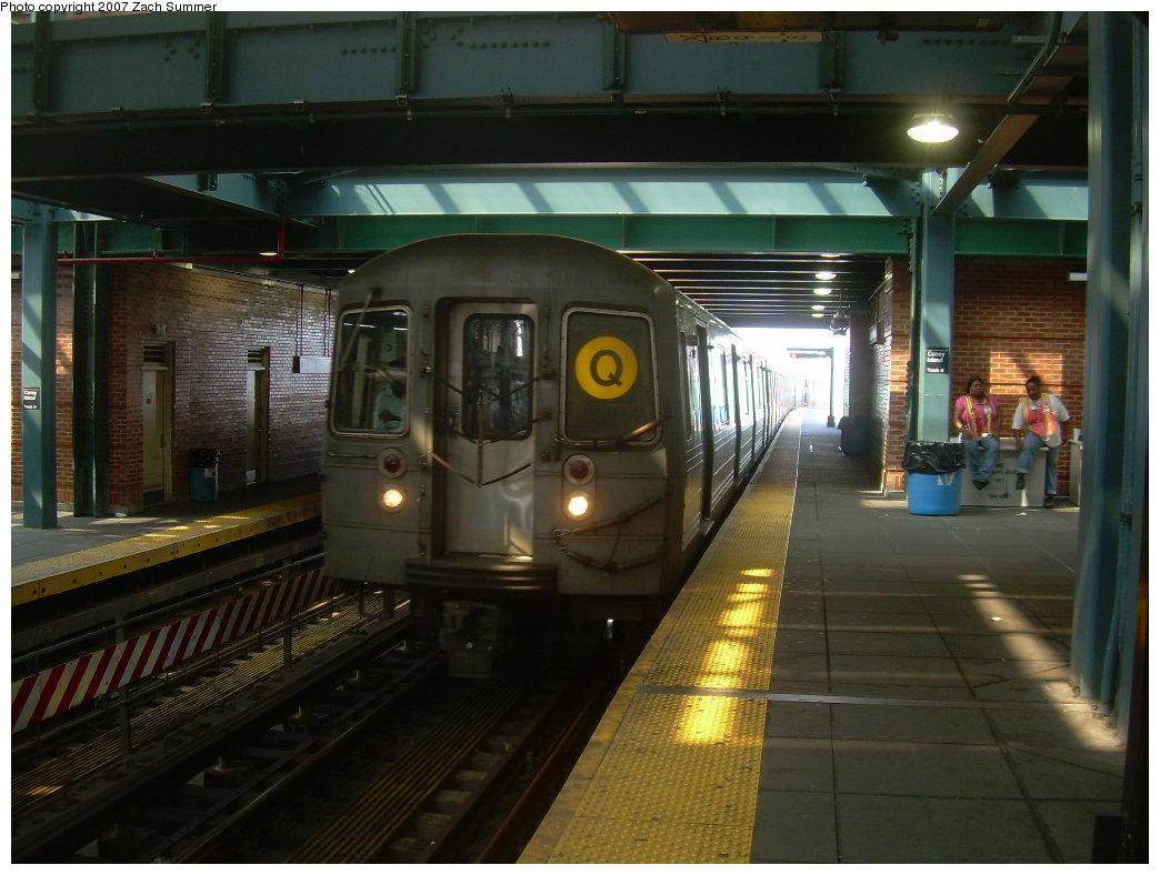 (192k, 1044x788)<br><b>Country:</b> United States<br><b>City:</b> New York<br><b>System:</b> New York City Transit<br><b>Location:</b> Coney Island/Stillwell Avenue<br><b>Route:</b> Q<br><b>Car:</b> R-68A (Kawasaki, 1988-1989)  5052 <br><b>Photo by:</b> Zach Summer<br><b>Date:</b> 9/8/2007<br><b>Viewed (this week/total):</b> 0 / 1618