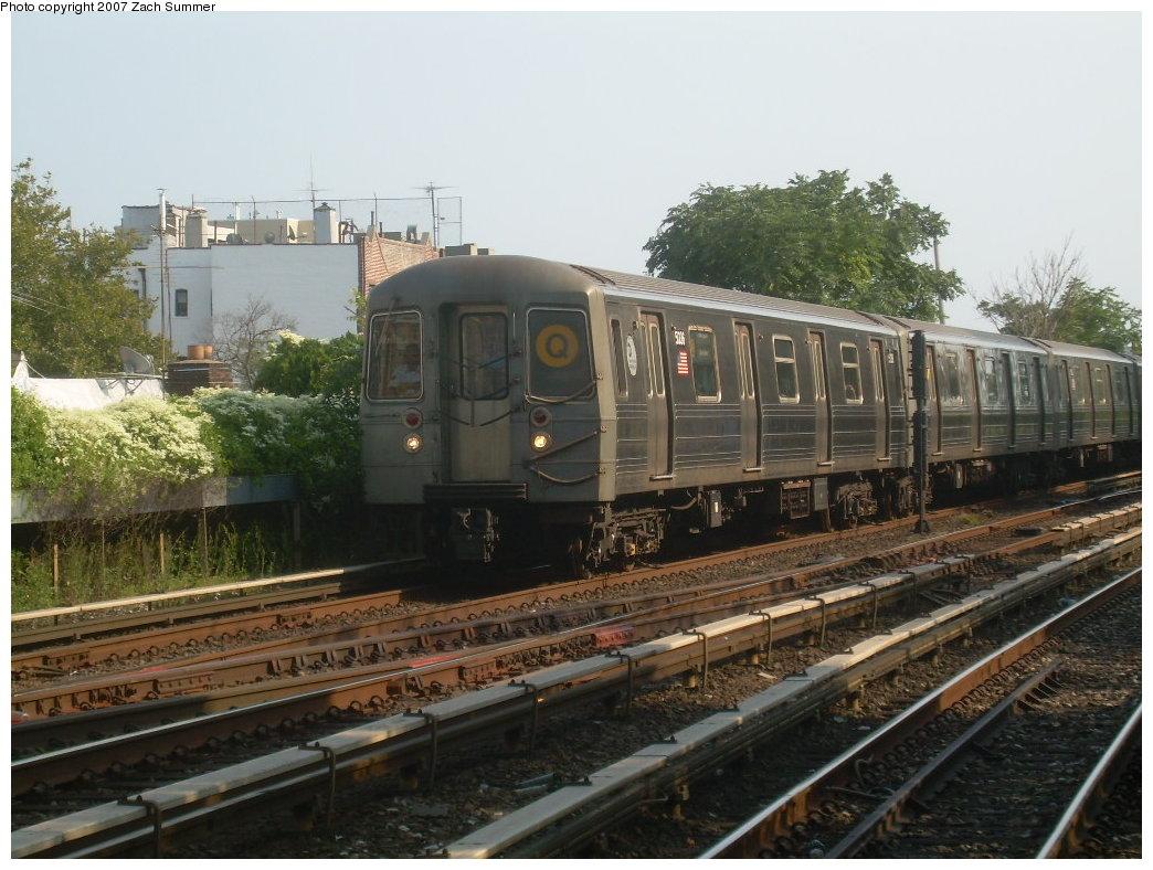 (215k, 1044x788)<br><b>Country:</b> United States<br><b>City:</b> New York<br><b>System:</b> New York City Transit<br><b>Line:</b> BMT Brighton Line<br><b>Location:</b> Kings Highway <br><b>Route:</b> Q<br><b>Car:</b> R-68A (Kawasaki, 1988-1989)  5036 <br><b>Photo by:</b> Zach Summer<br><b>Date:</b> 9/8/2007<br><b>Viewed (this week/total):</b> 1 / 1393