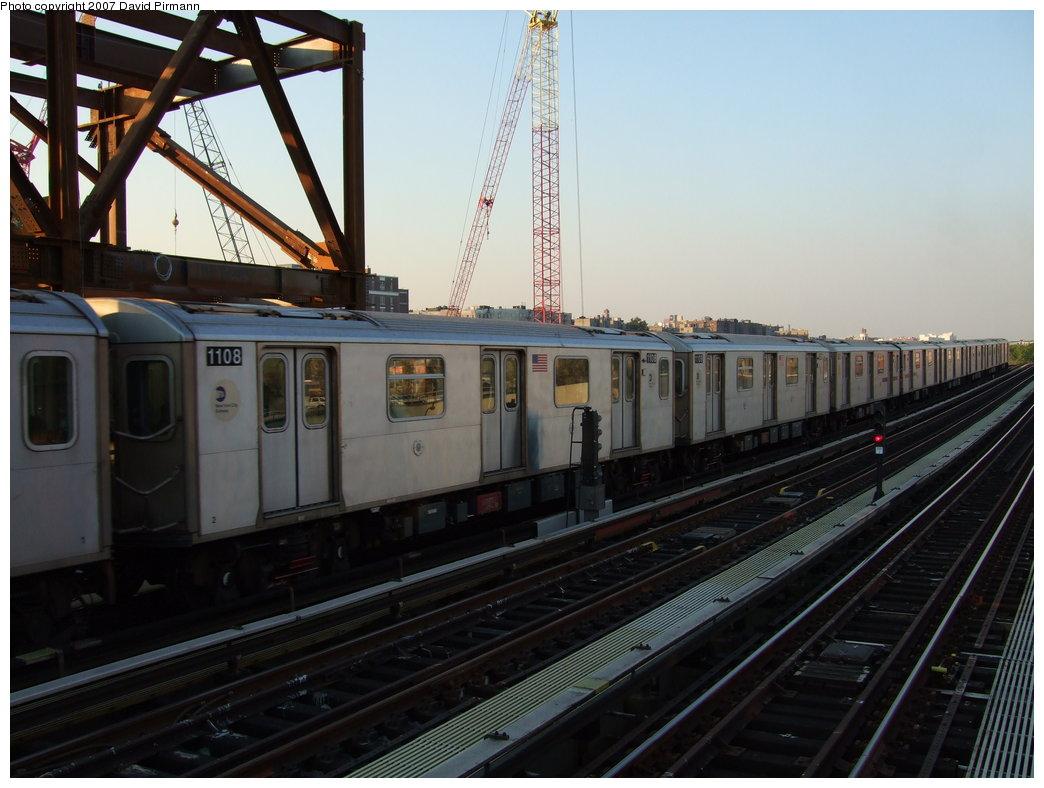 (157k, 1044x788)<br><b>Country:</b> United States<br><b>City:</b> New York<br><b>System:</b> New York City Transit<br><b>Line:</b> IRT Woodlawn Line<br><b>Location:</b> 161st Street/River Avenue (Yankee Stadium) <br><b>Route:</b> 4<br><b>Car:</b> R-142 (Option Order, Bombardier, 2002-2003)  1108 <br><b>Photo by:</b> David Pirmann<br><b>Date:</b> 9/21/2007<br><b>Viewed (this week/total):</b> 0 / 2934