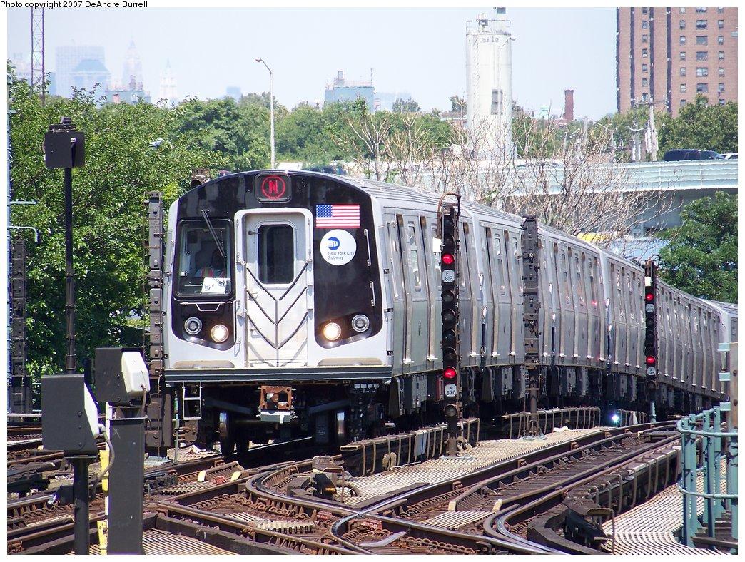 (295k, 1044x788)<br><b>Country:</b> United States<br><b>City:</b> New York<br><b>System:</b> New York City Transit<br><b>Location:</b> Coney Island/Stillwell Avenue<br><b>Route:</b> N<br><b>Car:</b> R-160B (Kawasaki, 2005-2008)  8713 <br><b>Photo by:</b> DeAndre Burrell<br><b>Date:</b> 8/9/2007<br><b>Viewed (this week/total):</b> 0 / 2078