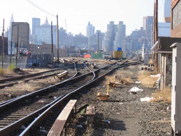 (53k, 600x450)<br><b>Country:</b> United States<br><b>City:</b> New York<br><b>System:</b> Long Island Rail Road<br><b>Line:</b> LIRR Long Island City<br><b>Location:</b> Long Island City <br><b>Photo by:</b> Professor J<br><b>Date:</b> 10/2006<br><b>Viewed (this week/total):</b> 3 / 2067