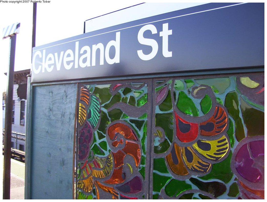 (176k, 1044x790)<br><b>Country:</b> United States<br><b>City:</b> New York<br><b>System:</b> New York City Transit<br><b>Line:</b> BMT Nassau Street/Jamaica Line<br><b>Location:</b> Cleveland Street <br><b>Photo by:</b> Roberto C. Tobar<br><b>Date:</b> 9/29/2007<br><b>Artwork:</b> <i>Las Flores</i>, Amy Cheng (2007).<br><b>Viewed (this week/total):</b> 4 / 1537