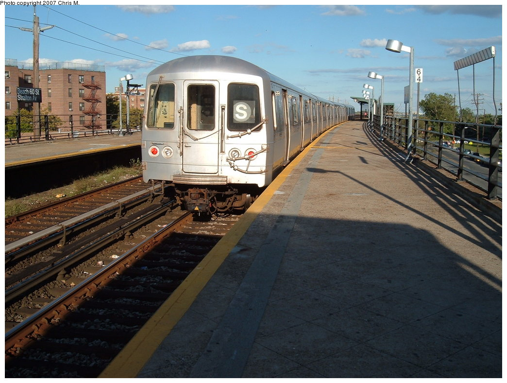 (197k, 1044x788)<br><b>Country:</b> United States<br><b>City:</b> New York<br><b>System:</b> New York City Transit<br><b>Line:</b> IND Rockaway<br><b>Location:</b> Beach 60th Street/Straiton <br><b>Route:</b> S<br><b>Car:</b> R-44 (St. Louis, 1971-73) 5338 <br><b>Photo by:</b> Chris M.<br><b>Date:</b> 9/15/2007<br><b>Viewed (this week/total):</b> 0 / 1601