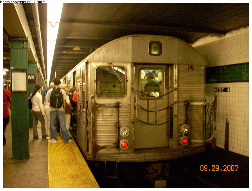 (145k, 819x619)<br><b>Country:</b> United States<br><b>City:</b> New York<br><b>System:</b> New York City Transit<br><b>Line:</b> IND 8th Avenue Line<br><b>Location:</b> West 4th Street/Washington Square <br><b>Route:</b> C<br><b>Car:</b> R-32 (Budd, 1964)   <br><b>Photo by:</b> Bill E.<br><b>Date:</b> 9/29/2007<br><b>Viewed (this week/total):</b> 2 / 2029
