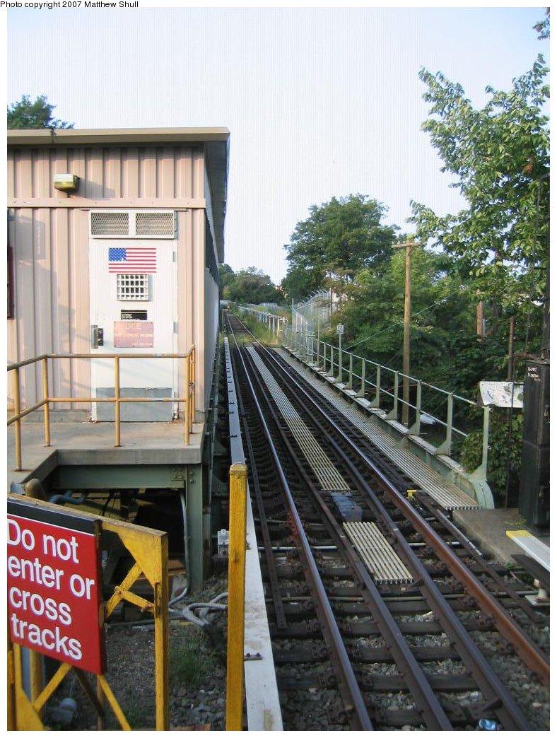 (207k, 788x1044)<br><b>Country:</b> United States<br><b>City:</b> New York<br><b>System:</b> New York City Transit<br><b>Line:</b> IRT Dyre Ave. Line<br><b>Location:</b> Dyre Avenue <br><b>Photo by:</b> Matthew Shull<br><b>Date:</b> 8/31/2007<br><b>Notes:</b> Track 2 - Tail track extending north of Station<br><b>Viewed (this week/total):</b> 0 / 2664