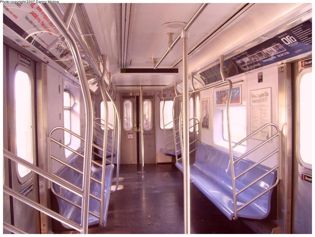 (212k, 1044x788)<br><b>Country:</b> United States<br><b>City:</b> New York<br><b>System:</b> New York City Transit<br><b>Route:</b> 5<br><b>Car:</b> R-142 (Primary Order, Bombardier, 1999-2002)  6616 <br><b>Photo by:</b> Danny Molina<br><b>Date:</b> 9/20/2007<br><b>Viewed (this week/total):</b> 7 / 2601