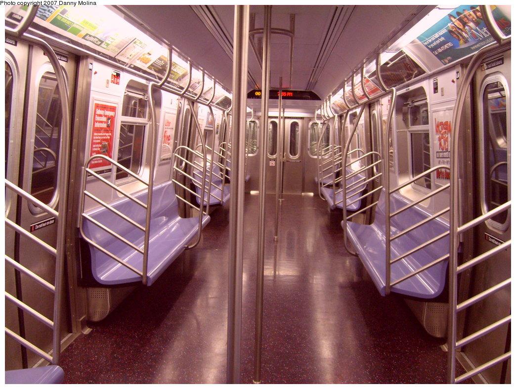 (253k, 1044x788)<br><b>Country:</b> United States<br><b>City:</b> New York<br><b>System:</b> New York City Transit<br><b>Route:</b> N<br><b>Car:</b> R-160B (Kawasaki, 2005-2008)  8838 <br><b>Photo by:</b> Danny Molina<br><b>Date:</b> 9/28/2007<br><b>Viewed (this week/total):</b> 0 / 2737