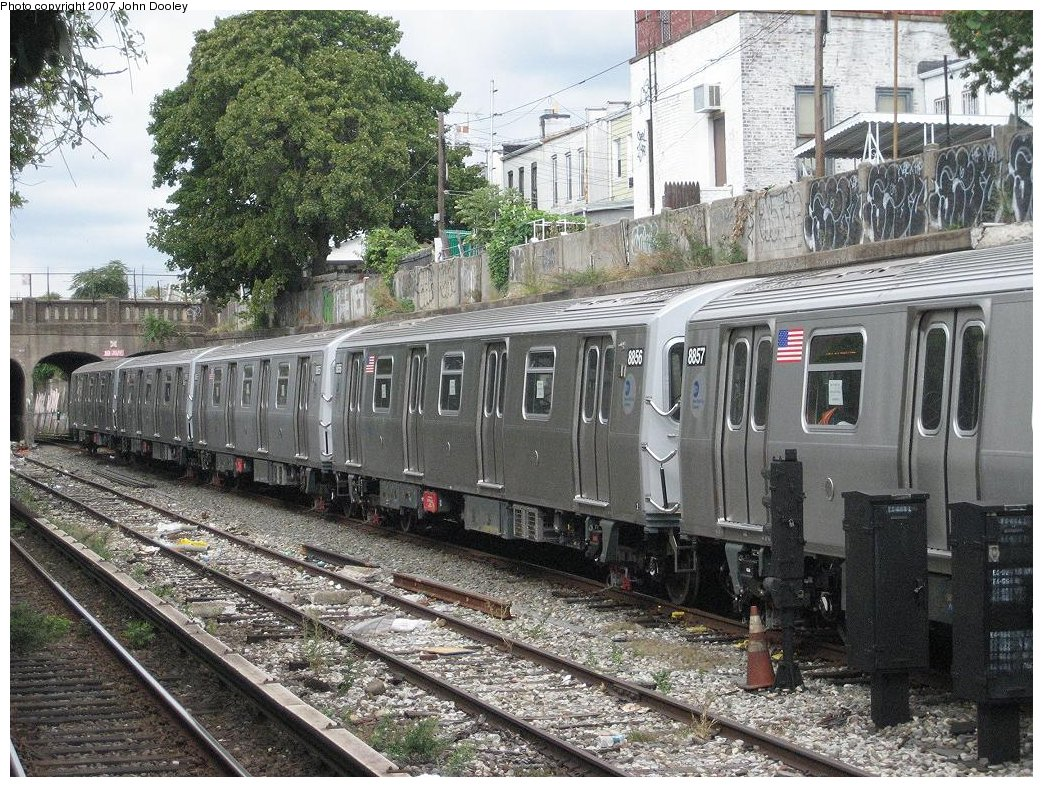 (279k, 1043x787)<br><b>Country:</b> United States<br><b>City:</b> New York<br><b>System:</b> New York City Transit<br><b>Line:</b> BMT Sea Beach Line<br><b>Location:</b> 20th Avenue <br><b>Route:</b> N<br><b>Car:</b> R-160B (Kawasaki, 2005-2008)  8856 <br><b>Photo by:</b> John Dooley<br><b>Date:</b> 10/1/2007<br><b>Viewed (this week/total):</b> 0 / 2007