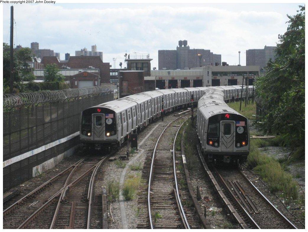 (193k, 1043x787)<br><b>Country:</b> United States<br><b>City:</b> New York<br><b>System:</b> New York City Transit<br><b>Line:</b> BMT Sea Beach Line<br><b>Location:</b> 86th Street <br><b>Route:</b> N<br><b>Car:</b> R-160B (Kawasaki, 2005-2008)  8803/8802 <br><b>Photo by:</b> John Dooley<br><b>Date:</b> 10/1/2007<br><b>Viewed (this week/total):</b> 0 / 2580
