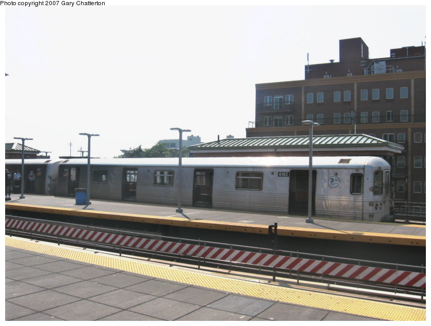 (90k, 840x635)<br><b>Country:</b> United States<br><b>City:</b> New York<br><b>System:</b> New York City Transit<br><b>Location:</b> Coney Island/Stillwell Avenue<br><b>Route:</b> F<br><b>Car:</b> R-46 (Pullman-Standard, 1974-75) 6192 <br><b>Photo by:</b> Gary Chatterton<br><b>Date:</b> 9/8/2007<br><b>Viewed (this week/total):</b> 1 / 2026