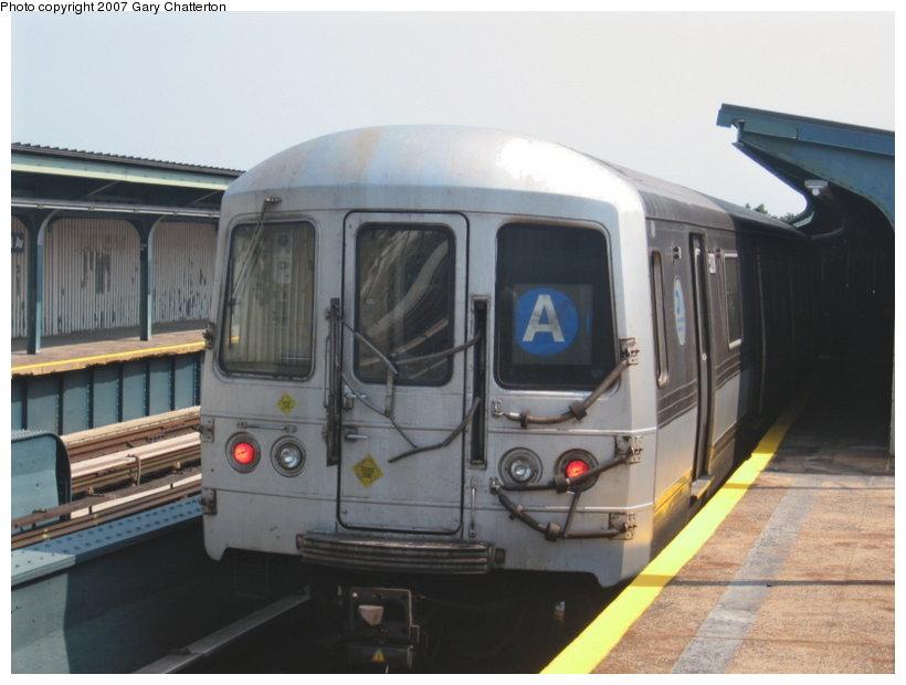 (84k, 820x620)<br><b>Country:</b> United States<br><b>City:</b> New York<br><b>System:</b> New York City Transit<br><b>Line:</b> IND Fulton Street Line<br><b>Location:</b> 104th Street/Oxford Ave. <br><b>Route:</b> A<br><b>Car:</b> R-44 (St. Louis, 1971-73) 5278 <br><b>Photo by:</b> Gary Chatterton<br><b>Date:</b> 9/8/2007<br><b>Viewed (this week/total):</b> 0 / 1283
