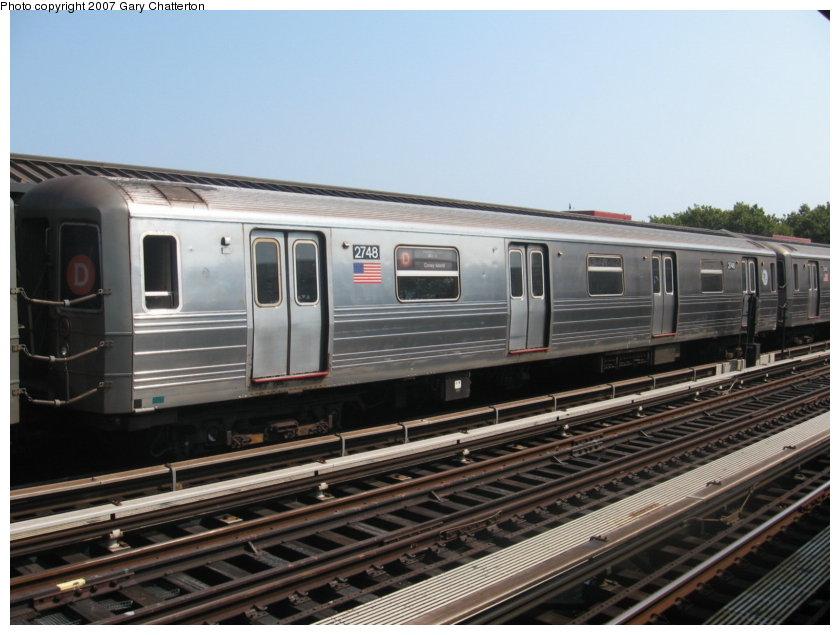 (106k, 840x635)<br><b>Country:</b> United States<br><b>City:</b> New York<br><b>System:</b> New York City Transit<br><b>Line:</b> BMT West End Line<br><b>Location:</b> Bay 50th Street <br><b>Route:</b> D<br><b>Car:</b> R-68 (Westinghouse-Amrail, 1986-1988)  2748 <br><b>Photo by:</b> Gary Chatterton<br><b>Date:</b> 9/8/2007<br><b>Viewed (this week/total):</b> 2 / 1854