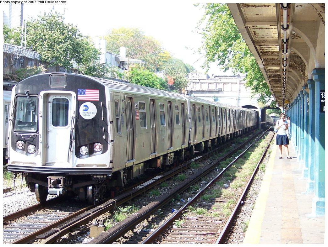 (279k, 1044x788)<br><b>Country:</b> United States<br><b>City:</b> New York<br><b>System:</b> New York City Transit<br><b>Line:</b> BMT Sea Beach Line<br><b>Location:</b> 18th Avenue <br><b>Route:</b> Lay-up.<br><b>Car:</b> R-160B (Kawasaki, 2005-2008)  8737 <br><b>Photo by:</b> Philip D'Allesandro<br><b>Date:</b> 10/6/2007<br><b>Viewed (this week/total):</b> 0 / 2266