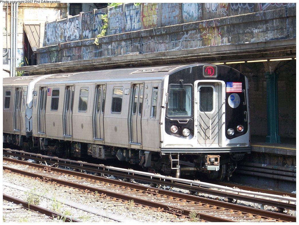 (260k, 1044x788)<br><b>Country:</b> United States<br><b>City:</b> New York<br><b>System:</b> New York City Transit<br><b>Line:</b> BMT Sea Beach Line<br><b>Location:</b> Bay Parkway (22nd Avenue) <br><b>Route:</b> N<br><b>Car:</b> R-160B (Kawasaki, 2005-2008)  8827 <br><b>Photo by:</b> Philip D'Allesandro<br><b>Date:</b> 10/6/2007<br><b>Viewed (this week/total):</b> 4 / 2344