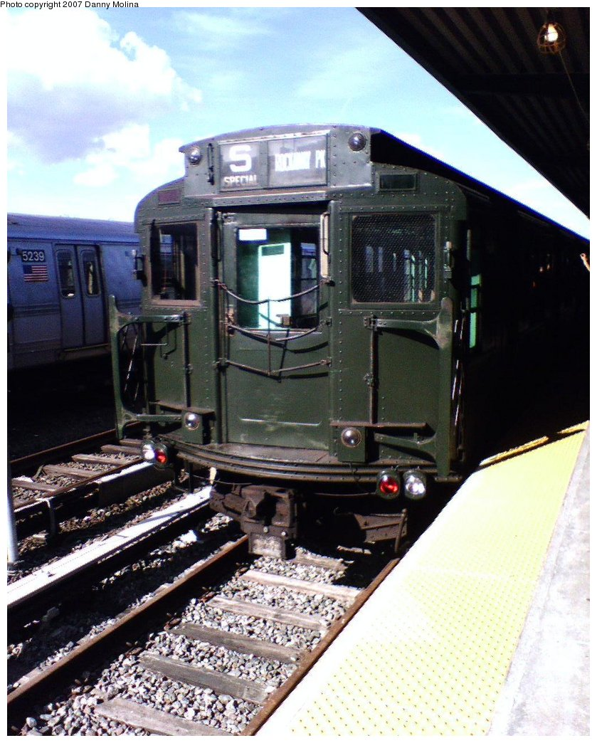 (192k, 839x1044)<br><b>Country:</b> United States<br><b>City:</b> New York<br><b>System:</b> New York City Transit<br><b>Line:</b> IND Rockaway<br><b>Location:</b> Rockaway Park/Beach 116th Street <br><b>Route:</b> Fan Trip<br><b>Car:</b> R-4 (American Car & Foundry, 1932-1933) 484 <br><b>Photo by:</b> Danny Molina<br><b>Date:</b> 7/22/2007<br><b>Viewed (this week/total):</b> 1 / 1360
